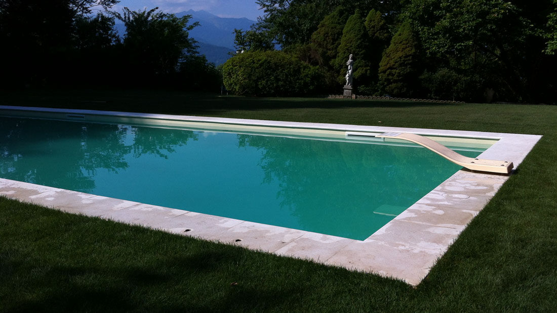 Djerba piscine d bordement djerba fluides for Skimmer piscine