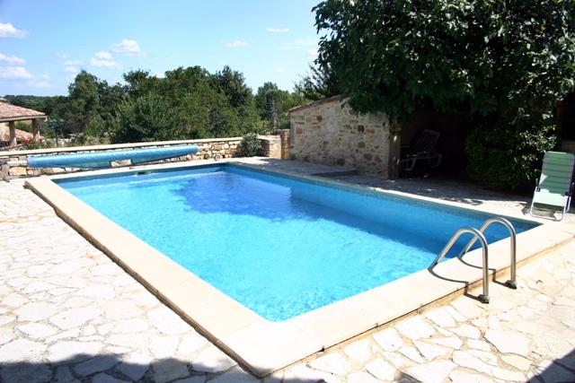 Djerba piscine en fibre djerba fluides specialiste dans la - Modele de piscine desjoyaux ...